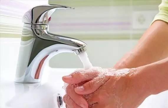 为什么用肥皂洗手会有泡沫